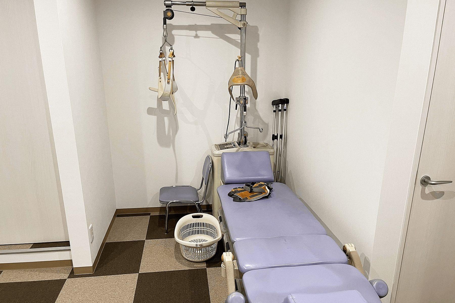 腰部・頚部牽引治療器